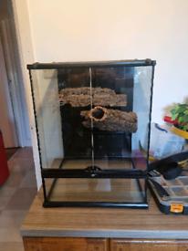 Exo terra 45x45x60cm terrarium in mint condition