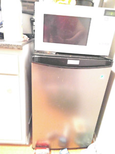 Mini fridge danby designer