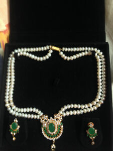 NEW ARTIFICIAL PEARL NECKLACE FOR ONLY $15