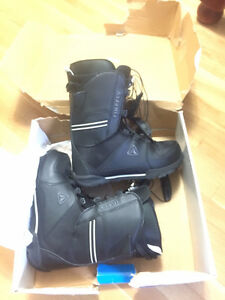 Mens Snowboard Boots Size 10.5