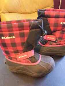 COLOMBIA winter boots..sz 12