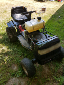 Riding lawn mower no deck $150