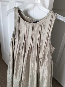 Girls holiday or party dress size 8 Kitchener / Waterloo Kitchener Area image 4