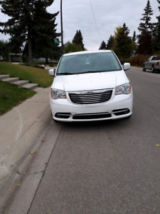 2013 CHRYSLER TOWN, COUNTRY FOR SALE BY OWNER, $16,750