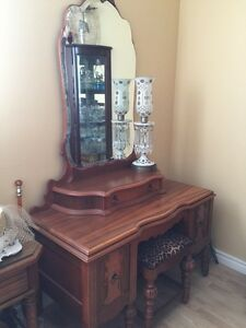 Vanity Dressing Table Antique Cambridge Kitchener Area image 7