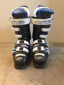 Youth Nordica downhill ski boots size 6 London Ontario image 1