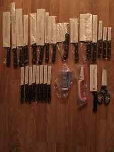 28 Piece Kitchen Knife and Gourmet set