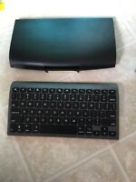 New zagg Bluetooth keyboard for iPad or tablets