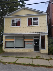 Great Income Property in Downtown Shelburne!