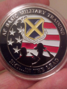 LARGE 40mm UNITED STATES AIR FORCE BASIC TRAINING COMMANDE COIN.