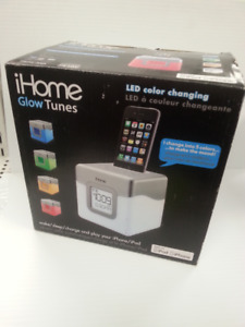 iHome IP18 iPod Dock - 90287