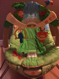 Jungle vibrating chair and play mat