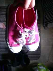 girls shoes- new and used Windsor Region Ontario image 2