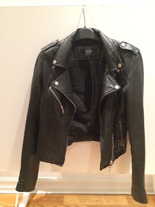 LEATHER JACKET Trafaluc Zara (M)