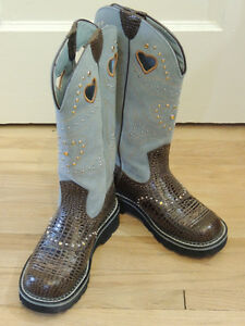 Ladies Ariat Leather Boots -Size 6B - two tone light blue suede