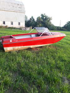Chrysler Boat With Hyrdo-Vee Hull (Hull only) for sale