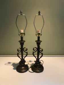 Lamps and lamp bases