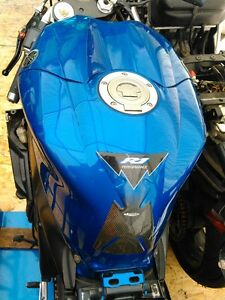 YAMAHA R1 2004 TO 2006 FUEL/GAS TANK Windsor Region Ontario image 1