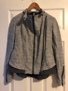 Lululemon Light Jacket - Size 4
