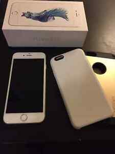 IPhone 6s 16 GB Unlocked - Mint condition with accessories