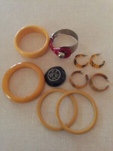 Collection of Vintage Bakelite Jewelry
