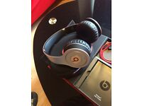 Beats by Dre Solo Bluetooth wireless Silver