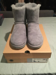 Bottes uggs neuves taille 9