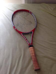 Lot Raquette de tennis raquette de squash et balle