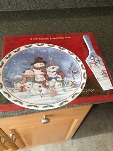 Christmas time special Snowman cake platter and lifter