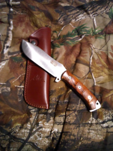 *VARIOUS OUTDOOR SPORTING KNIVES*
