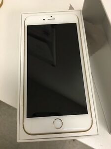 UNLOCKED IPHONE 6S 16GB GOLD. BRAND NEW
