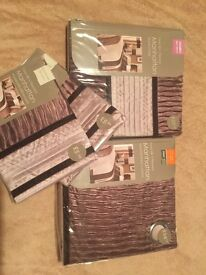 Double bedding set and curtains