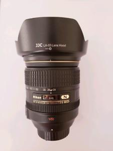 Nikon 24-120mm ED F4 VR Like new mint