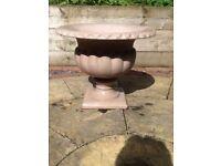 Garden Urn Planter - plant pot