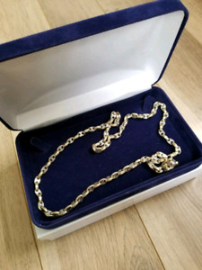 """""""GUCCI LINK"""" 10KT GOLD CHAIN"""