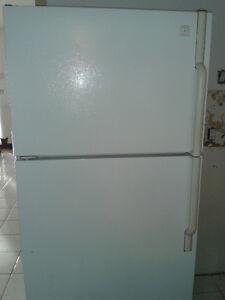 Fridge, Stove and Dishwasher Set