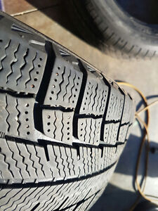 Excellent Set of FOUR 195/65/15 Michelin X-ICE Winters Cambridge Kitchener Area image 2