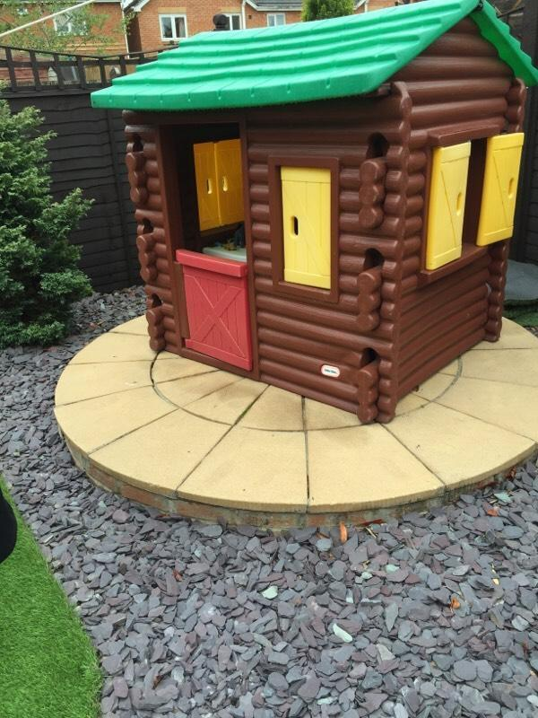 Little Tykes Log Cabin In Kingswood East Yorkshire