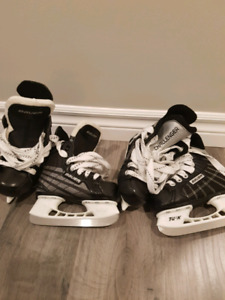 Bauer Skates- (little kids) youth size 8