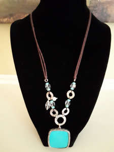 Silpada SS, Howlite, Pearl, Leather & Glass Necklace