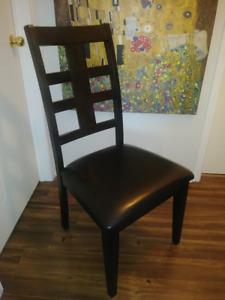 6 chaises salle à diner