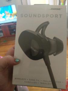 Wirless bose sound sport head set **** Brand New ****
