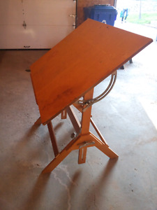 Wood Drawing Table