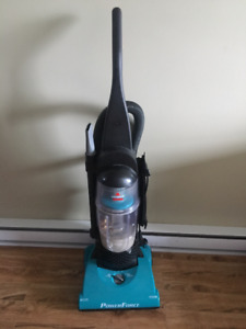 BISSELL PowerForce Vacuum Cleaner