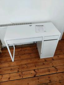 IKEA Micke table