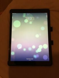 iPad Pro 12.9 inch 128GB Space Grey Wi-fi and cellular