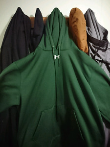 Green under armor loose fit