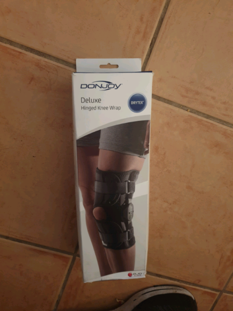 6aedd243ff Donjoy Deluxe hinged Knee Brace | Miscellaneous Goods | Gumtree ...