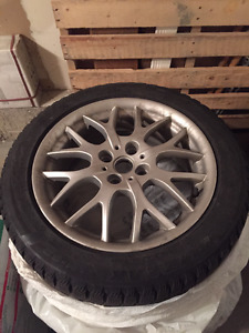 4 x 2013 Mini Cooper Rims, 16 Inch-Blizzak winter tires included