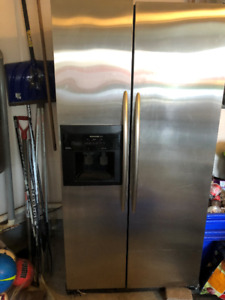 KitchenAid Superba  Refrigerator Stainless Steel Side by Side